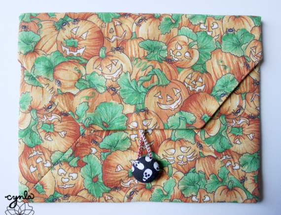 Halloween Fabric Envelope by Yukishop